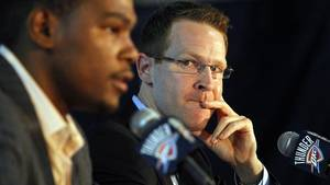 Photo - OKLAHOMA CITY - JULY 9:  Kevin Durant (L) of the Oklahoma City Thunder sits with Executive Vice President and General Manager Sam Presti (R) during a press conference for Durant after signing him to a multi-year contract at Casady School on July 9, 2010 in Oklahoma City, Oklahoma. NOTE TO USER: User expressly acknowledges and agrees that, by downloading and or using this photograph, User is consenting to the terms and conditions of the Getty Images License Agreement. Mandatory Copyright Notice: Copyright 2010 NBAE Layne Murdoch/NBAE via Getty Images)