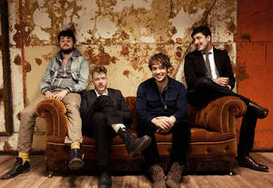 Photo - Mumford & Sons