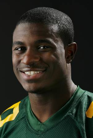 Photo - HIGH SCHOOL FOOTBALL: All State football player Javon Harris, Lawton MacArthur, in the OPUBCO studio, Wednesday, Dec. 17, 2008. BY NATE BILLINGS ORG XMIT: KOD