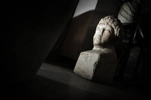 Photo -   This Friday, Oct. 5, 2012 photo shows ancient Roman sculpture, found on the site of Ratiaria, an ancient Roman settlement located on the banks of the Danube, in the northwest corner of Bulgaria. Located on the crossroads of many ancient civilizations, Bulgarian scholars rank their country behind only Italy and Greece in Europe for the numbers of antiquities lying in its soil. But Bulgaria has been powerless to prevent the rape of its ancient sites, depriving the world of part of its cultural legacy and also costing this impoverished Balkan nation much-needed tourism revenue. (AP Photo/Valentina Petrova)