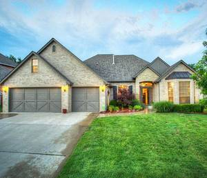 Photo - The Listing of the Week is at 1700 Apache Trail in Edmond.Photo Provided
