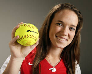 Photo - Allison Wells. high school softball player for Washington, poses for a photo in Oklahoma City, Thursday, Nov. 21, 2013. Photo by Nate Billings, The Oklahoman <strong>NATE BILLINGS - NATE BILLINGS</strong>