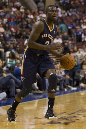 Photo - New Orleans Pelicans' Anthony Morrow in action during the third quarter of an NBA basketball game against the Philadelphia 76ers, Friday, Nov. 29, 2013, in Philadelphia.  The Pelicans win 121-105.  (AP Photo/Chris Szagola)