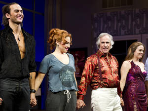 "Photo -   From left, Cheyenne Jackson, Ari Graynor, Henry Winkler and Alicia Silverstone on stage at the curtain call for the opening night performance of the Broadway play, ""The Performers,"" on Wednesday, Nov. 14, 2012, in New York. (Photo by Charles Sykes/Invision/AP)"
