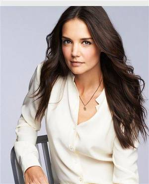 Photo - Katie Holmes, First-Ever Celebrity Face of Bobbi Brown Cosmetics.  (PRNewsFoto/Bobbi Brown Cosmetics)