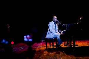 Photo - Brian McKnight will perform at the Langston University President's Scholarship gala in October. <strong>Photographer: KEV!NOU - www.bmcknight.com</strong>