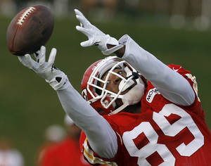 Photo - The Chiefs traded wide receiver Jon Baldwin to the San Francisco 49ers on Monday.  AP Photo