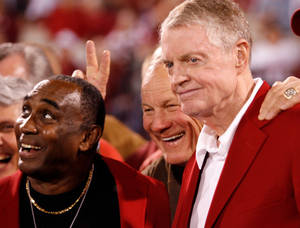 photo - Johnny Rodgers,  Barry  Switzer and  Tom  Osborne pose for a group photograph at the half of the college football game between the University of Oklahoma Sooners (OU) and the University of Nebraska Huskers (NU) at the Gaylord Family -- Oklahoma Memorial Stadium, on Saturday, Nov. 1, 2008, in Norman, Okla. BY STEVE SISNEY, THE OKLAHOMAN