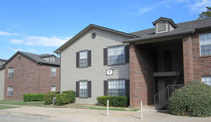Photo - The Winchester Run Apartments are at 201 SE 89.  PHOTO PROVIDED BY COMMERCIAL REALTY RESOURCES CO.