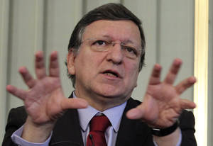 photo - European Commission President Jose Manuel Barroso, addresses the Nobel Peace Prize media conference, at the Nobel institute in Oslo, Norway, Sunday Dec. 9, 2012. The Nobel Peace Prize Committee awarded the prize to the European Union for its efforts to promote peace and democracy in Europe, despite being in the midst of its biggest crisis since the bloc was created in the 1950s. (AP Photo/Yves Logghe)