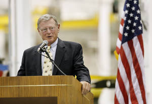 Photo - Senator Jim Inhofe speaking during an open house for Building 9001 in the Tinker Aerospace Complex, formerly the General Motors plant, in Oklahoma City Monday, August 17, 2009. Photo by Paul B. Southerland, The Oklahoman