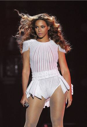 "Photo - New dates confirmed for the ""Mrs. Carter Show World Tour"" starring BEYONCE. Tickets onsale beginning July 1st.  (PRNewsFoto/Live Nation Entertainment, Inc., Frank Micelotta) ORG XMIT: PRN10"