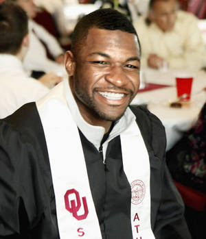 photo - Former OU and current Ravens receiver Mark Clayton graduated with a communications degree. PHOTO BY STEVE SISNEY, THE OKLAHOMAN