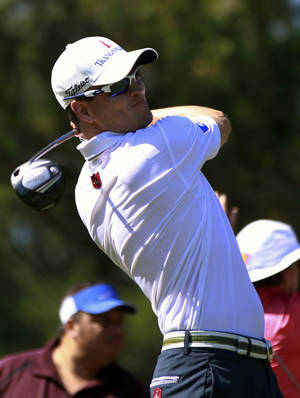 photo -   Zach Johnson hits from the ninth tee during the second round of the Players Championship golf tournament at TPC Sawgrass, Friday, May 11, 2012, in Ponte Vedra Beach, Fla. (AP Photo/John Raoux)
