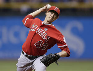 Photo - Los Angeles Angels starting pitcher Garrett Richards delivers to Tampa Bay Rays' Ben Zobrist during the first inning of a baseball game Wednesday, Aug. 28, 2013, in St. Petersburg, Fla. (AP Photo/Chris O'Meara)