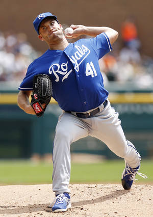Photo - Kansas City Royals pitcher Danny Duffy pitches against the Detroit Tigers in the first inning of the first game of a doubleheader baseball game Friday, Aug. 16, 2013, in Detroit. (AP Photo/Duane Burleson)