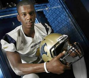 photo - Southmoore's Julian Wilson. Photo by Steve Sisney, The Oklahoman