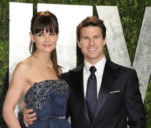 Photo -   FILE - In this Feb. 26, 2012 file photo, actors Tom Cruise and Katie Holmes arrive at the Vanity Fair Oscar party, in West Hollywood, Calif. Court records filed in a New York City court indicate the case was closed Monday, Aug. 20. Holmes and Cruise said in July they had reached an agreement less than two weeks into their headline-dominating divorce case. Their lawyers and representatives wouldn't disclose details. The couple were married in Italy in 2006. They have a 6-year-old daughter, Suri. (AP Photo/Evan Agostini, File)