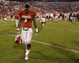 Photo - Oklahoma's Tony Jefferson vows to be a leader on the Sooners' defense.  Photo by Bryan Terry, The Oklahoman