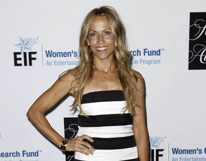 "Photo -   FILE - This April 18, 2012 file photo shows musician Sheryl Crow at the Entertainment Industry Foundation's ""Unforgettable Evening"" in Beverly Hills, Calif. On Tuesday, Aug. 14, 2012, Superior Court Judge James K. Hahn granted Crow and film executive Harvey Weinstein a three-year restraining order against Philip Sparks, 45, who allegedly threatened to shoot them. (AP Photo/Matt Sayles, file)"