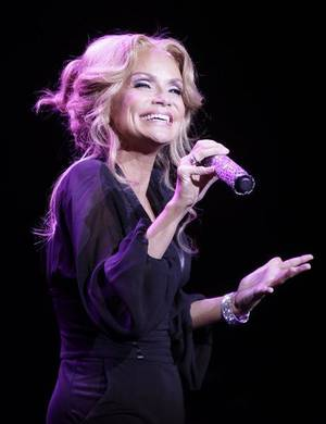 "Photo - Kristin Chenoweth, seen here performing last Sunday at the Broken Arrow Performing Arts Center, has been cast in a recurring role in CBS' ""The Good Wife."" MIKE SIMONS/Tulsa World"