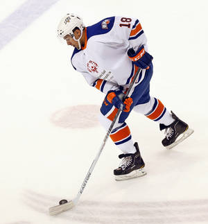 photo - Oklahoma City's Jonathan Cheechoo (18) during an AHL hockey game between the Charlotte Checkers and the Oklahoma City Barons at the Cox Convention Center in Oklahoma City, Friday, Feb. 1, 2013. Photo by Nate Billings, The Oklahoman