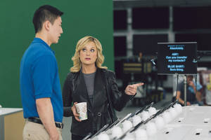Photo - This undated image provided by Best Buy, shows Amy Poehler on the set of the Company's Super Bowl commercial. Best Buy Co. has enlisted actress and comedian Amy Poehler to get its brand message across in a humor-focused spot during the Super Bowl XLVII. (AP Photo/Best Buy)