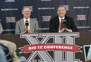 Photo - Oklahoma State president Burns Hargis, left, calls the hire of Bob Bowlsby, right, as Big 12 commissioner the start of a 'brave new future.' AP PHOTO