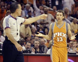 photo - Oklahoma City Thunder fans should keep their eyes on Steve Nash and the Phoenix Suns. AP PHOTO