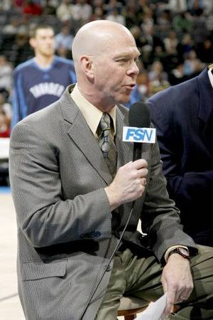 Photo - Brian Davis is television play-by-play announcer for the Oklahoma City Thunder.  <strong>BRYAN TERRY - ARCHIVE, THE OKLAHOMAN</strong>