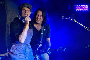 Van Halen members David Lee Roth, left, and Eddie Van Halen perform at Cafe Wha? in New York, Thursday, Jan. 5, 2012. (AP Photo/Charles Sykes) &lt;strong&gt;&lt;/strong&gt;