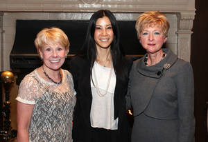 photo - Lana Lopez, Lisa Ling, Jane Thompson.  PHOTO BY DAVID FAYTINGER, FOR THE OKLAHOMAN