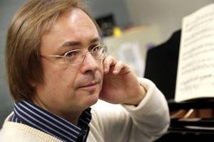 Photo - Valery Kuleshov, a world-class Russian pianist, has found a new home in Edmond.   Photo by Jim Beckel, The Oklahoman <strong>Jim Beckel - THE OKLAHOMAN</strong>