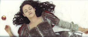 "Photo -   This film image released by Universal Pictures shows actress Kristen Stewart in a scene from ""Snow White and the Huntsman."" (AP Photo/Universal Pictures)"