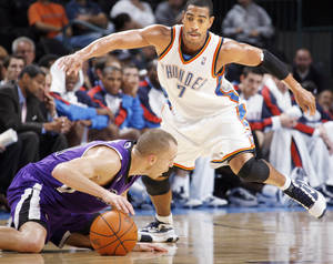 photo - Oklahoma City's Kevin Ollie (7) is a player no team seems to keep but every team seems to want. Photo by Nate Billings, The Oklahoman