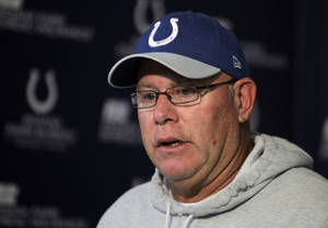Photo -   Indianapolis Colts interim head coach Bruce Arians talks about head coach Chuck Pagano, who has been diagnosed with acute promyelocytic leukemia, during an NFL football news conference at the team's headquarters in Indianapolis, Monday, Oct. 1, 2012. (AP Photo/Michael Conroy)