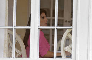 photo -   Jill Kelley sits inside her home Tuesday, Nov 13, 2012 in Tampa, Fla. Kelley is identified as the woman who allegedly received harassing emails from Gen. David Petraeus' paramour, Paula Broadwell. She serves as an unpaid social liaison to MacDill Air Force Base in Tampa, where the military's Central Command and Special Operations Command are located. (AP Photo/Chris O'Meara)
