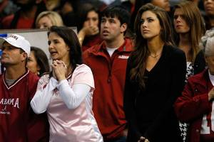 Photo - NEW ORLEANS, LA - JANUARY 02:  Katherine Webb attends the Alabama Crimson Tide against the Oklahoma Sooners game during the Allstate Sugar Bowl at the Mercedes-Benz Superdome on January 2, 2014 in New Orleans, Louisiana.  (Photo by Kevin C. Cox/Getty Images)