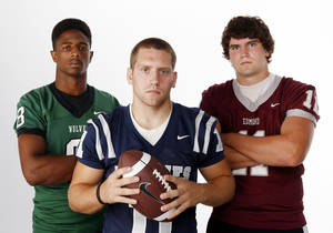 Photo - HIGH SCHOOL FOOTBALL ZONE PREVIEW: From left, Tre Kelley of Edmond Santa Fe, Jared Benway of Edmond North and Ry Huff of Edmond Memorial pose for a photo at the OPUBCO studio in Oklahoma City, Saturday, Aug. 20, 2011. Photo by Nate Billings, The Oklahoman ORG XMIT: KOD
