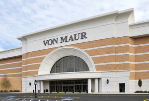 photo - A recently opened Von Maur department store at Atlantas Perimeter Mall is shown. AP Photo
