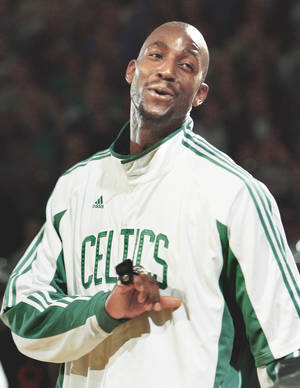 Photo - The Thunder is hoping to keep Kevin Garnett and the Celtics winless on the road.AP photo