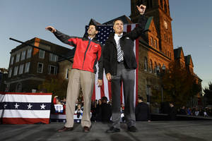 Photo -   Republican presidential candidate and former Massachusetts Gov. Mitt Romney and Republican vice presidential candidate, Rep. Paul Ryan, R-Wis., campaign in Lancaster, Ohio, Friday, Oct. 12, 2012. (AP Photo/Charles Dharapak)