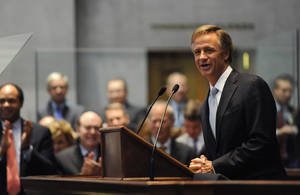 Photo - Gov. Bill Haslam delivers his State of the State address to a joint session of the General Assembly on Monday, Jan. 28, 2013, in Nashville, Tenn. (AP Photo/Donn Jones)