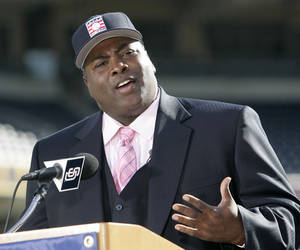 Photo - FILE - In this Jan. 9, 2007 file photo, former San Diego Padre Tony Gwynn talks about his election to the National Baseball Hall Of Fame, in San Diego. The Baseball Hall of Fame on Monday, June 16, 2014 said Gwynn has died of cancer. He was 54. (AP Photo/Lenny Ignelzi, File)