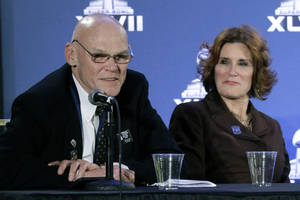 Photo - Political commentators and husband and wife James Carville, left, and Mary Matalin speak at an NFL footballSuper Bowl XLVII news conference on Monday, Jan. 28, 2013, in New Orleans. The Baltimore Ravens and San Francisco 49ers are scheduled to play in Super Bowl XLVII on Sunday, Feb. 3. (AP Photo/Patrick Semansky)