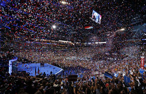 Photo -   President Barack Obama and his family and Vice President Joe Biden and his family celebrate their nominations as the confetti falls at the conclusion of the Democratic National Convention in Charlotte, N.C., on Thursday, Sept. 6, 2012. (AP Photo/Carolyn Kaster)