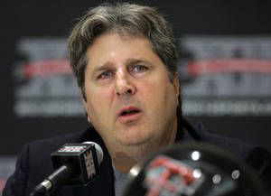 Photo - If Oklahoma State needs a new offensive coordinator, could Mike Leach be the man for the job? AP photo