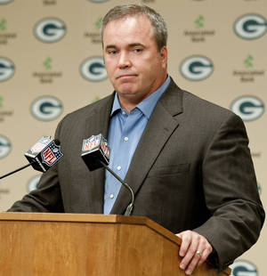 Photo -   Green Bay Packers coach Mike McCarthy addresses reporters' questions about a controversial touchdown call on Monday Night Football during a press conference in Green Bay, Wis., on Tuesday, Sept. 25, 2012. (AP Photo/The Green Bay Press-Gazette, Lukas Keapproth) NO SALES