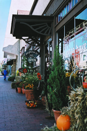 Photo - The renovation of historic downtown Plano has spurred the growth of a wide variety of shopping, dining, cultural and entertainment opportunities.  Photo provided by the Plano Convention & Visitors Bureau