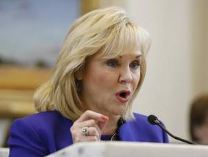 Photo - Oklahoma Gov. Mary Fallin delivers the State of the State Monday.